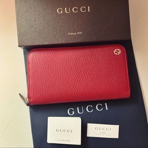 NEW Gucci 449347 Red Leather GG Plaque Wallet